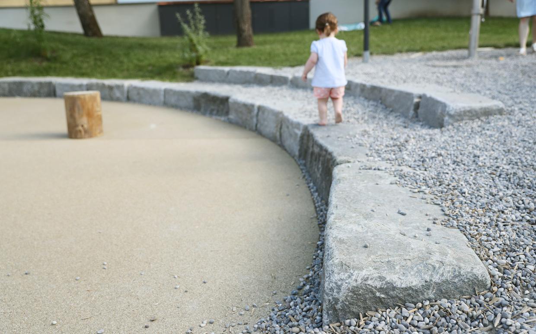 freiraum-schmid-gartenbau-projekt-kindergarten-kaufbeuren-10