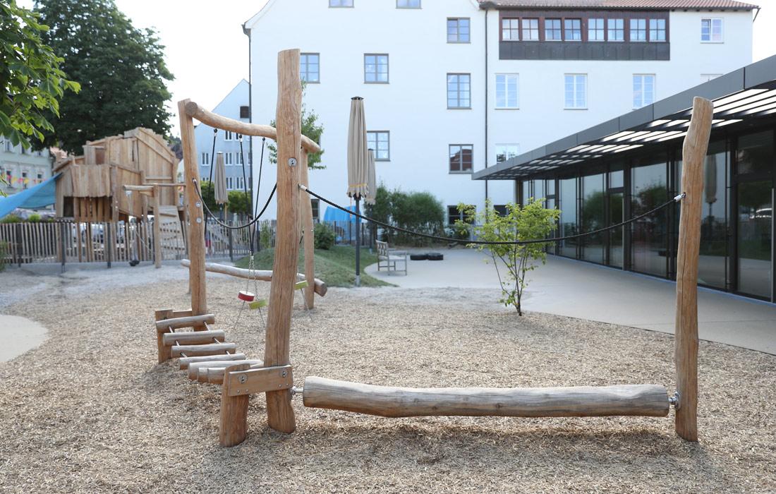 Außenanlagen Kindergarten: Spielgeräte